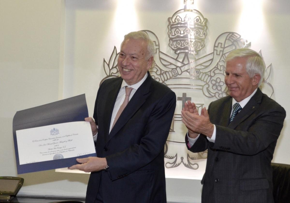 Visita oficial del ministro de asuntos exteriores y de for Exteriores espana