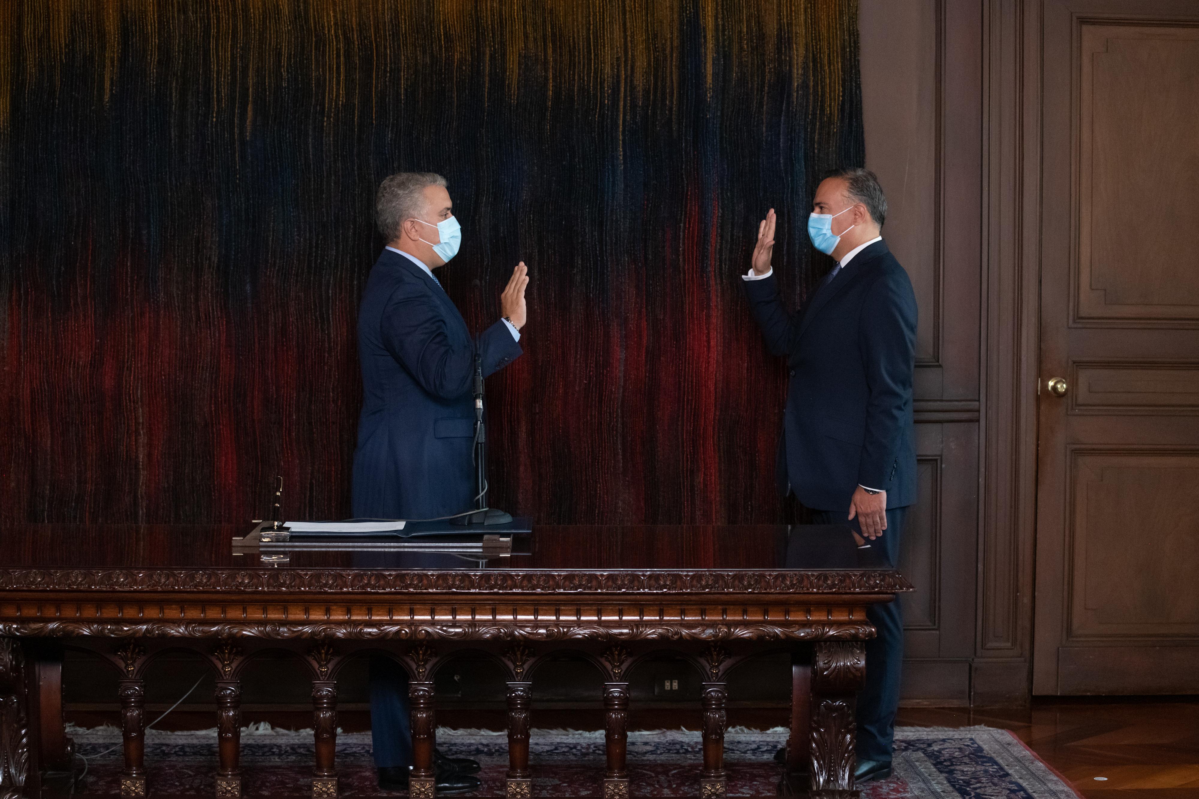 Presidente Iván Duque posesionó a Luis Guillermo Plata como nuevo Embajador de Colombia en España
